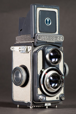 Yashica 44 A Camera Film Advance