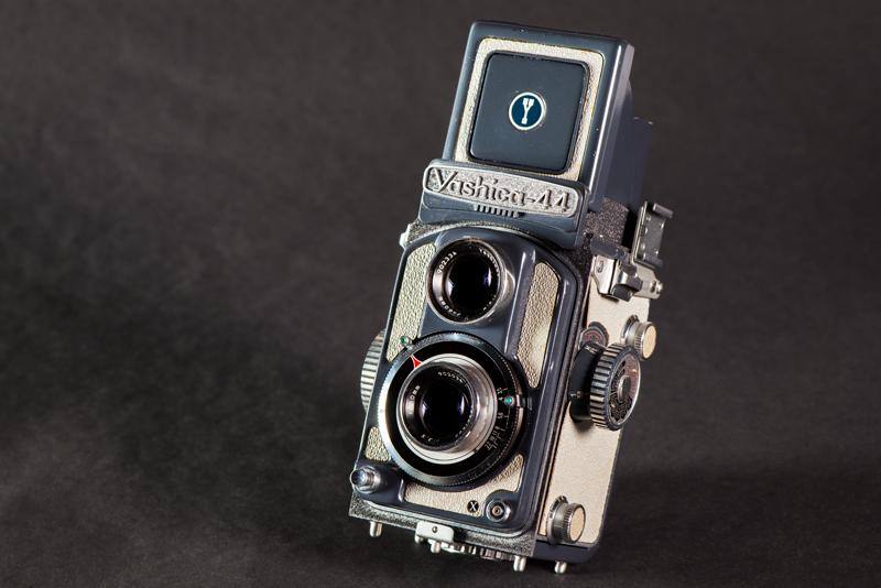 Yashica 44 A Camera