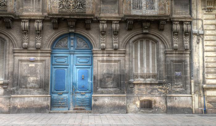 france blue door © Mike Nocher